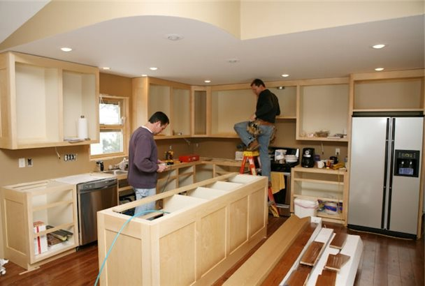 Ремонт кухни замена фасадов и столешниц
