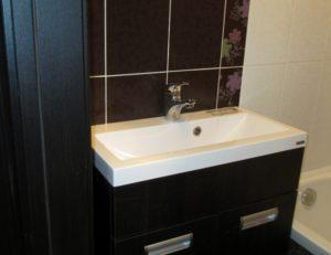Установка раковины в ванной и кухне
