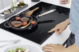Врезка варочной поверхности на кухне
