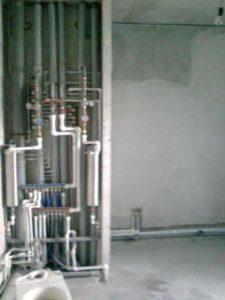 Стоимость работы по замене труб водоснабжения в квартире