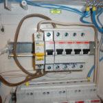 Как правильно и безопасно подключить автоматы в щитке